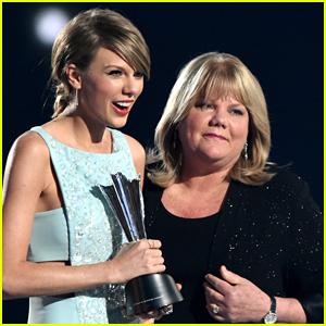 Taylor Swift's Mom Andrea Breaks Down Testifying in Sexual Assault Trial