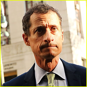 Anthony Weiner Sentenced to 21 Months in Prison for Explicit Messages to Underage Female