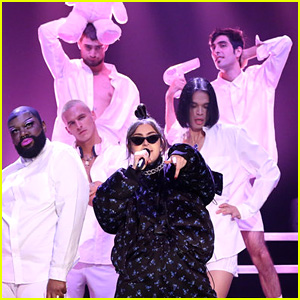 Charli XCX Performs 'Boys' While Surrounded by Boys on 'Fallon' (Video)