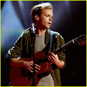 Chase Goehring Sings Original Song 'Mirror' for 'America's Got Talent' Finals (Video)