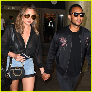 Chrissy Teigen Gives Stamp of Approval to This Fun Fan Instagram