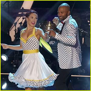 Derek Fisher Dances for His Mom 'DWTS' Ballroom Night! (Video)