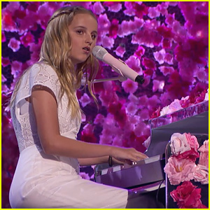Evie Clair Gives Emotional 'Yours' Performance During 'America's Got Talent' Semi-Finals (Video)