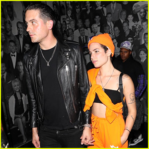 Halsey & G-Eazy Walk Hand-in-Hand on Their Date Night!