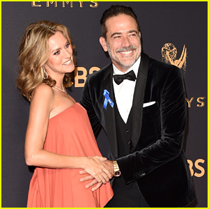 Hilarie Burton Is Pregnant! Jeffrey Dean Morgan Holds Her Tiny Bump at Emmys 2017!