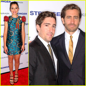 Jake Gyllenhaal Suits Up for 'Stronger' NYC Premiere with Tatiana Maslany