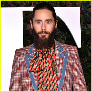 Jared Leto's Shirtless Mirror Selfie Reveals His Insane Body!