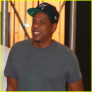 Jay-Z Enjoys a Night Out with Friends in NYC