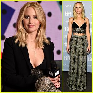 Jennifer Lawrence Rocks a Crop Top for 'mother!' Press Conference at TIFF 2017