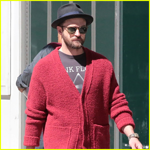 Justin Timberlake Is Embracing Sweater Weather in New York!