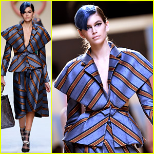 Kaia Gerber Opens Fendi Show, Joins More Blue-Haired Models!