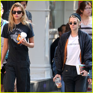 Kristen Stewart & Girlfriend Stella Maxwell Hang Out in New York City