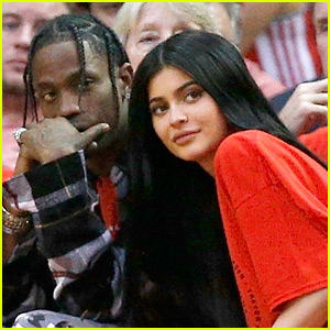 Pregnant Kylie Jenner & Travis Scott Emerge After Pregnancy News (Photos)