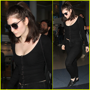 Lorde Keeps Her Head Low for Her Flight Out of Town
