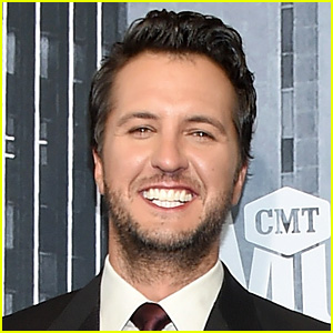 Luke Bryan Receives Offer to Be 'American Idol' Judge (Report)