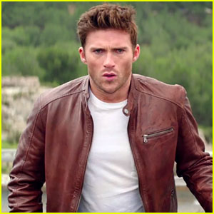Scott Eastwood Keeps Cool in Explosive 'Overdrive' Trailer - Watch Now!