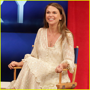 Sutton Foster Discusses Becoming a Mother to Daughter Emily