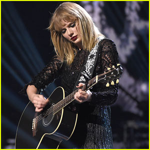 Taylor Swift Curated a Playlist of Songs She Loves for Spotify - Listen Now!