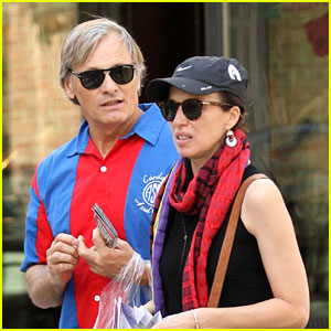 Viggo Mortenson Goes Sightseeing with Partner Ariadna Gil