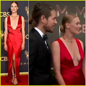 Yvonne Strahovski Is Married Brings Husband To Emmys 2017 2017 Emmy Awards Emmy Awards Tim Loden Wedding Yvonne Strahovski Just Jared The two have been together for more than six years. just jared