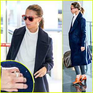 Alicia Vikander Shows Off Her New Wedding Ring While Jetting Out of NYC!