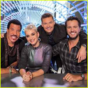 'American Idol' Revival - First Official Photo with Judges & Host!