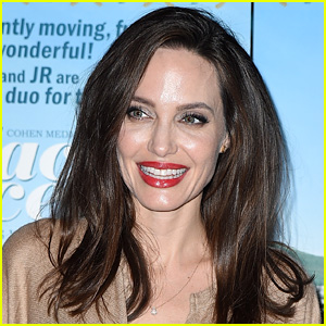 Angelina Jolie to Lend Her Voice to 'The One & Only Ivan' Movie