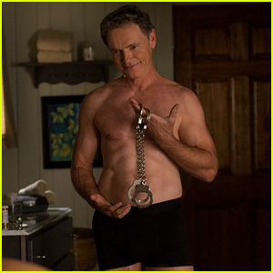 Bruce Greenwood Is Ripped at 61, Goes Shirtless in Netflix's 'Gerald's Game'