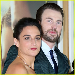 Chris Evans & Jenny Slate Get Flirty on Twitter Amid Dating Rumors