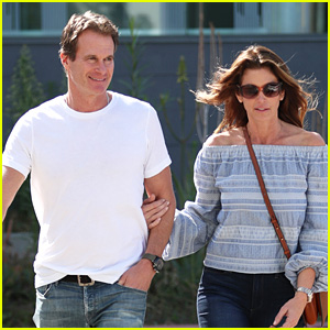 Cindy Crawford & Rande Gerber Couple Up for Furniture Shopping