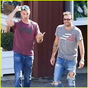 Freddie Prinze Jr. & Brian Austin Green Meet Up for Cofffee!
