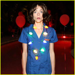 Jaime King Dresses as Winona Ryder's 'Stranger Things' Character at Just Jared Halloween Party 2017!
