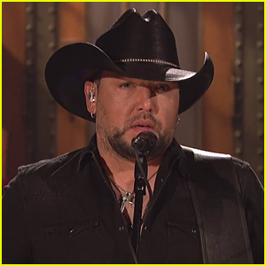 Jason Aldean Pays Tribute to Vegas Shooting Victims & Tom Petty on 'SNL' (VIDEO)