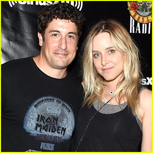 Jason Biggs & Wife Jenny Mollen Welcome Second Child, Debut First Photos!