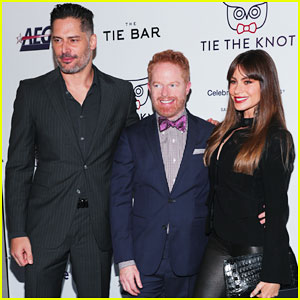 Jesse Tyler Ferguson Gets Support from Sofia Vergara & Joe Manganiello at Tie The Knot 5-Year Anniversary Party!