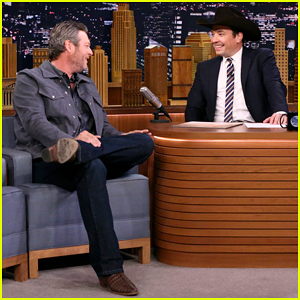 Jimmy Fallon Serenades Blake Shelton With 'I'll Name the Dogs' on 'Tonight Show' - Watch Here!