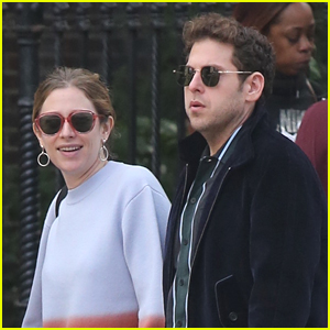 Jonah Hill Holds Hands with Mystery Woman in NYC