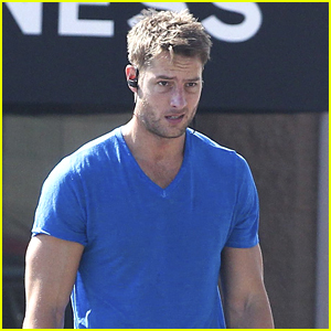 Justin Hartley Shows Off His Buff Biceps at the Gym