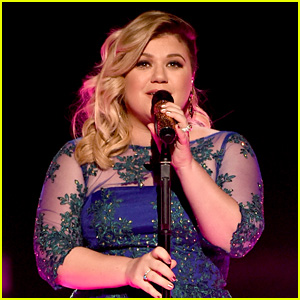 Kelly Clarkson Clarifies Reports That She Contemplated Suicide Over Her Weight