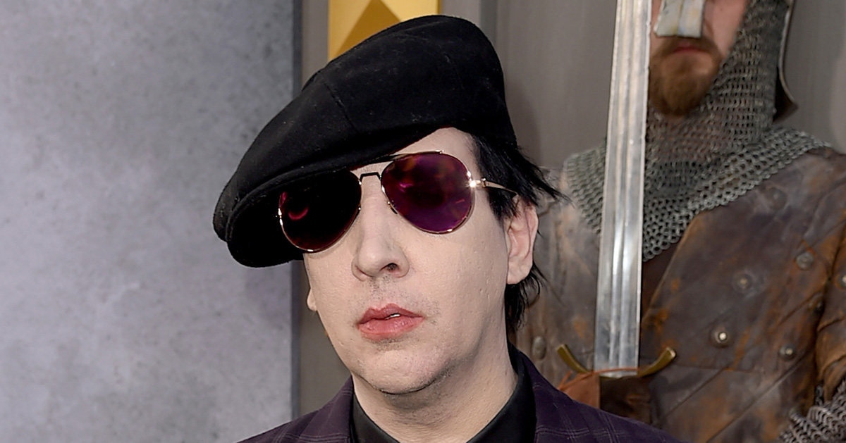 marilyn manson hospitalized in new york city marilyn manson just jared. Black Bedroom Furniture Sets. Home Design Ideas