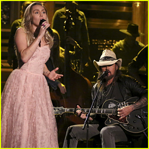 Miley Cyrus & Billy Ray Cyrus Pay Tribute to Tom Petty With 'Wildflowers' Cover on 'Fallon' - Watch!