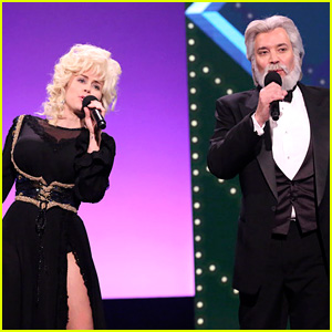 Miley Cyrus Dresses as Dolly Parton to Sing 'Islands in the Stream' with Jimmy Fallon as Kenny Rogers!