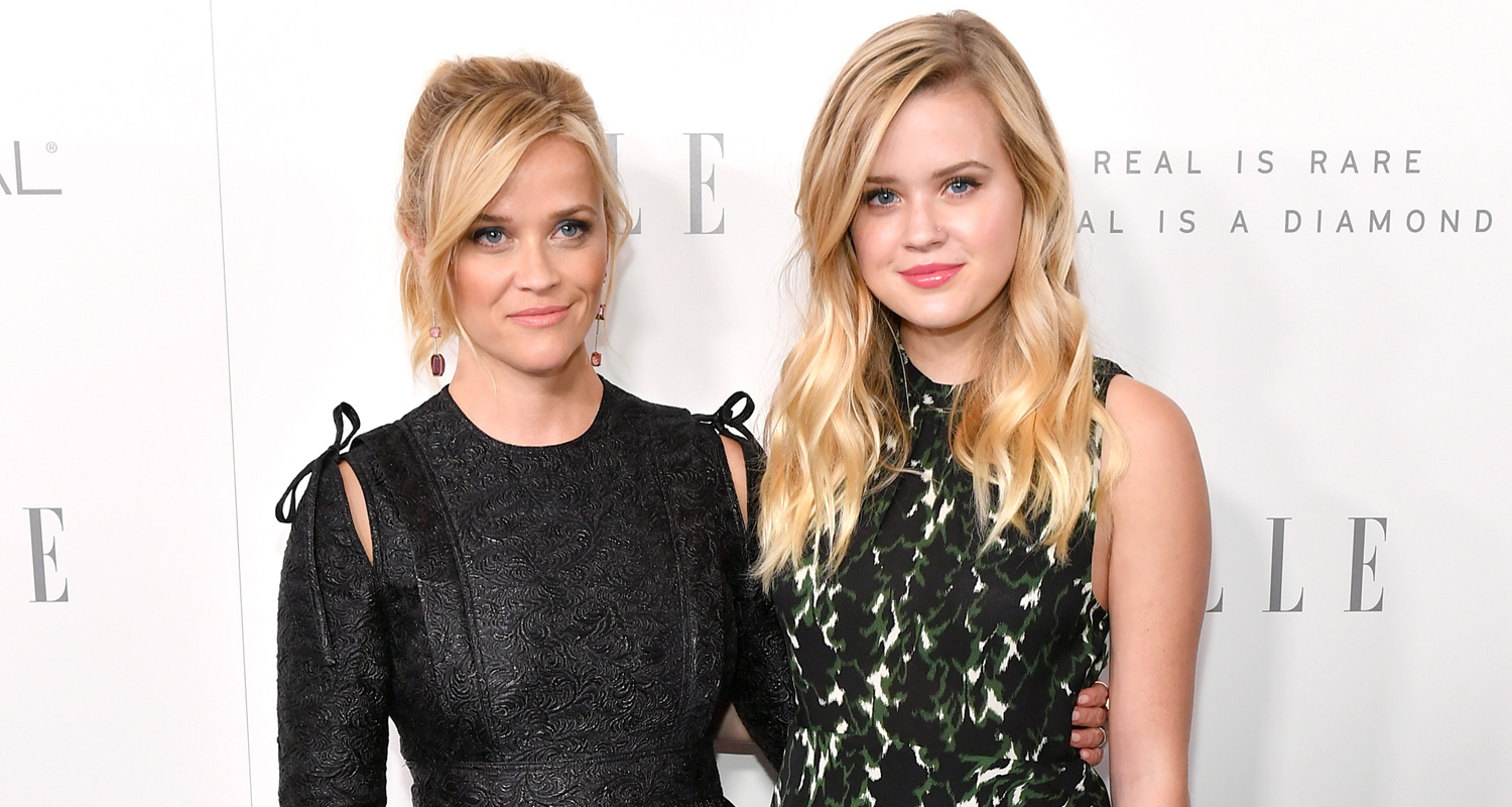 Reese Witherspoon & Lookalike Daughter Ava Celebrate Elle?s Women in Hollywood