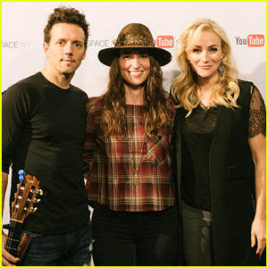 Sara Bareilles Welcomes Jason Mraz to 'Waitress' Cast at YouTube Space Event!