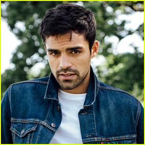 The Gifted's Sean Teale Shares 10 Fun Facts You Don't Know About Him!