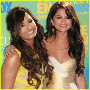 Selena Gomez Congratulates Demi Lovato on Her New Documentary!