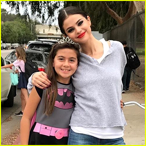Selena Gomez Makes Surprise Visit as Fans Finish Up the School Day! (Video)