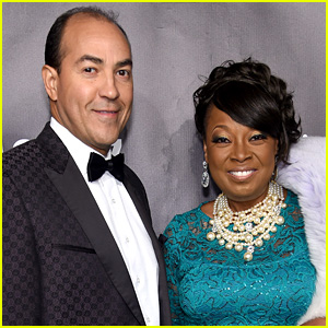 Star Jones Is Engaged to Ricardo Lugo!
