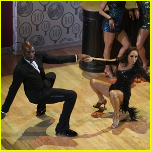 Terrell Owens Goes Trick-or-Treating During 'DWTS' Halloween Night (Video)