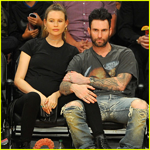 Adam Levine & Behati Prinsloo Have a Courtside Date Night!